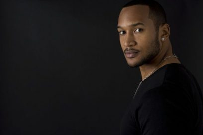 Henry Simmons: Doing it All the Way