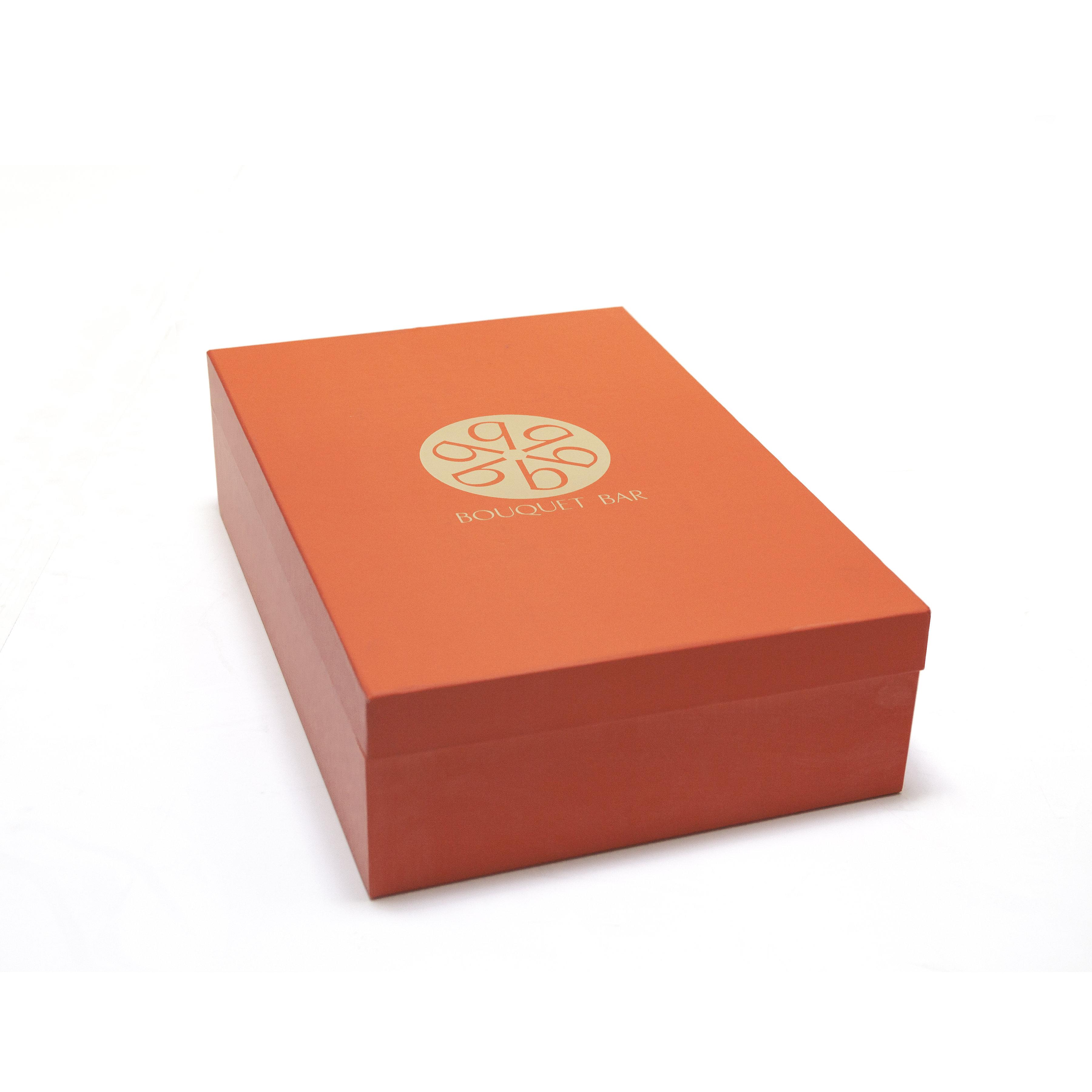 Love in a Box: Bouquet Bar | SUAVV