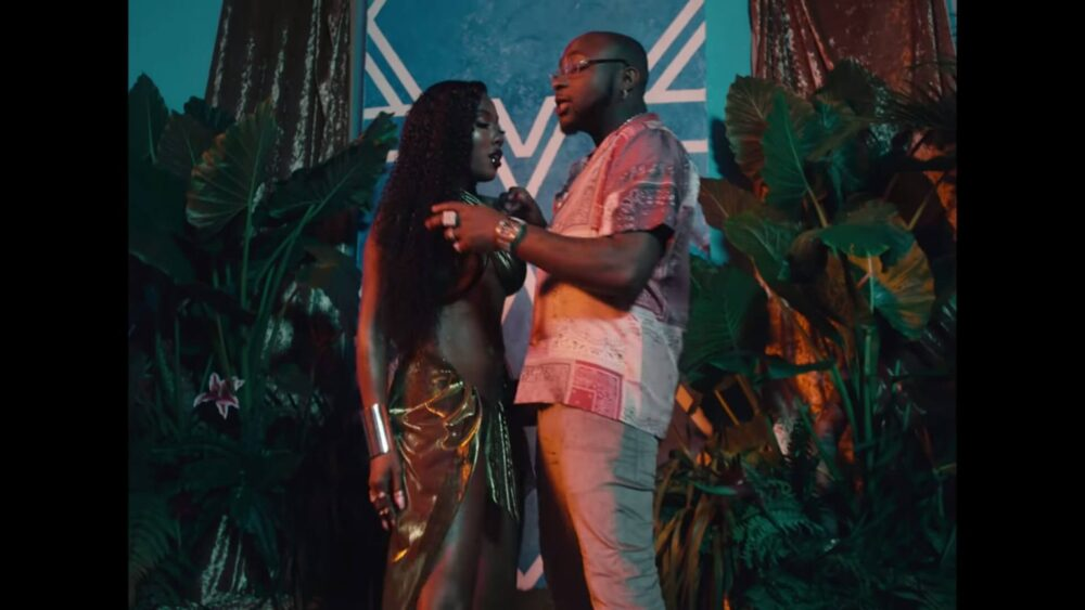 "SEVYN STREETER RELEASES STEAMY MUSIC VIDEO FOR""KISSEZ"" FEAT. DAVIDO"